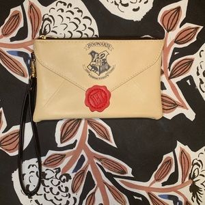 ⚡️NWOT⚡️ Harry Potter Clutch